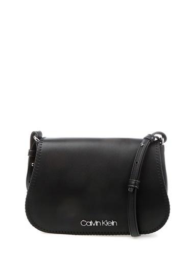 Calvin Klein Postacı Çantası Siyah